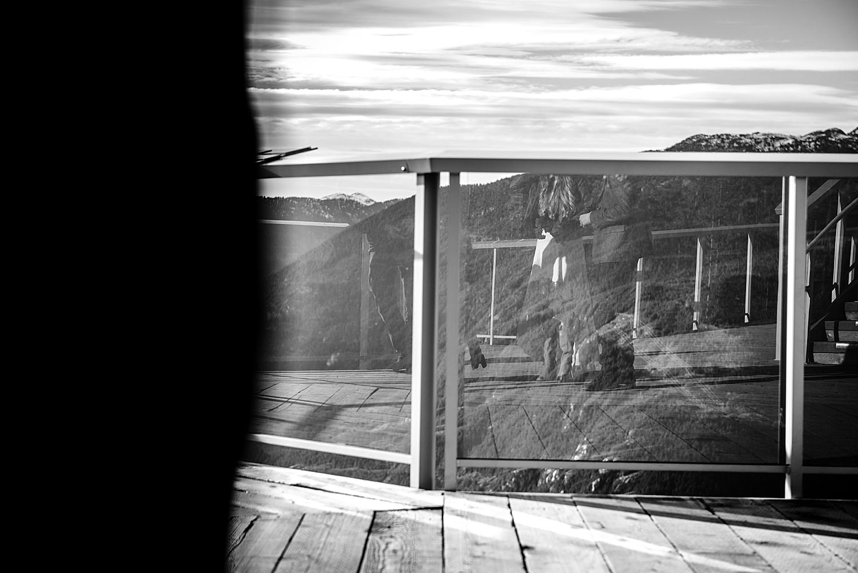 B.C. Canada wedding photographer,British Columbia wedding photographer,Kelowna Wedding photographer,Okanagan wedding photographer,Sea To Sky Wedding,Sea to Sky Gondola,Squamish Wedding Photographer,Vernon wedding photographer,Winter Wedding,mountain wedding,wedding inspiration,wedding photography,wedding posing,